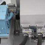 Dávkování s regulací průtoku abraziva pomocí servomotorů